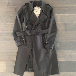 Authentic Burberry Classic BlackTrench Coat sz6